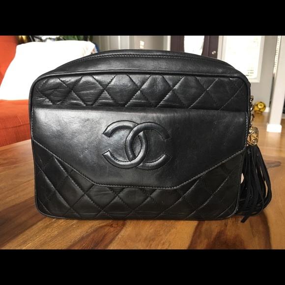 9ed19794c95b CHANEL Handbags - Chanel vintage camera crossbody bag- black